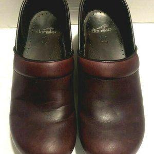 Dansko Women's Clogs Size 9.5-10 Burgundy Leather